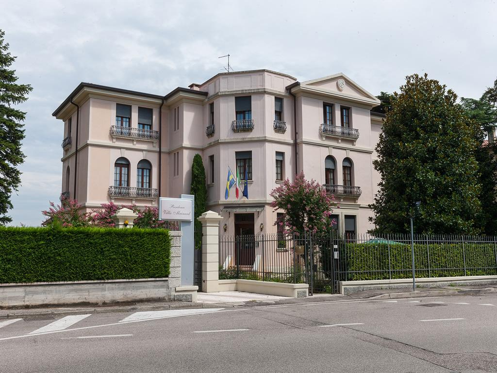 Villa Mainard